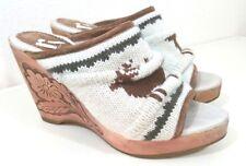 Report Women Heels Wood Floral wedge Platform Crochet Knit Deer Elk Size 7.5