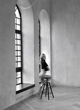 A014   beautiful nude girl original black and white medium format film negative