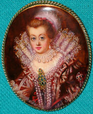 """AMAZING! """"Anne Of Denmark"""" Russian Hand Painted Fedoskino MOP BROOCH"""