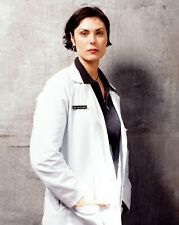 Homicide: Life on the Street - TV SHOW PHOTO #A-76 - Michelle Forbes
