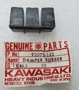 KAWASAKI KT250 F7 F11 MC1 CYLINDER DAMPER RUBBER 92075-142 NOS