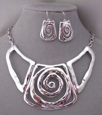 Silver Hammered Metal Center Swirl Necklace Set Fashion Jewelry NEW