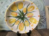 Hand Painted Tulip bowl Signed Kent Vermont Yellow Flowers Farmhouse Pottery 8""