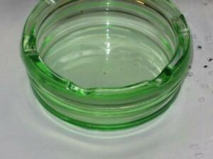 Old vintage Ash Tray, clear green glass, , collectable No chips 1940s-50s