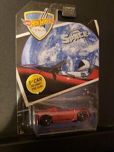 Hot Wheels 2019 '08 Tesla Roadster Elon Musk 1st Car Greetings Space Orbit Sun