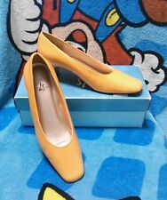 Life Stride Orange Apricot Heels Shoes Sz 7.5 B Fall Autumn Costume Dress-Up NIB