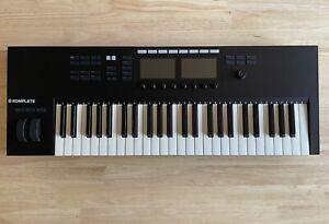 Native Instruments Komplete S49 Mk2 Midi Controller Keyboard