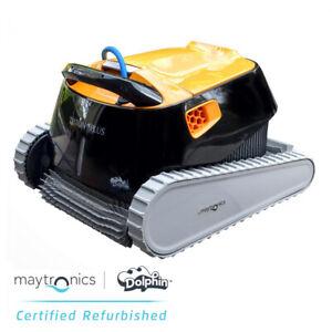 Dolphin Triton PS Plus robotic pool cleaner 88886212-USWIF