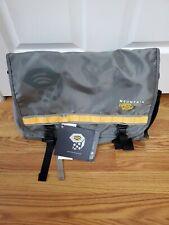 New Mountain Hardwear Sentinel Jr. Messenger Bag Laptop Nylon
