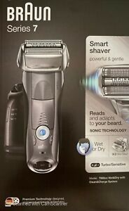 Braun Series 7 7865cc Men's Electric Shaver Wet/Dry with Clean and Renew Charger