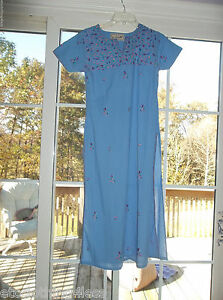 vintage Dressline gown or house dress size small embroidery  soft fabric see mea