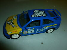 die cast  1/24 burago ford escort rs michelin