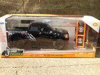 Jada Just Trucks 2011 Ford F-150 SVT Raptor Pickup Truck 1:24 Diecast Tire Rack