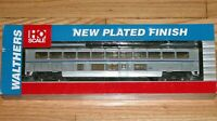 WALTHERS 932-16122 SUPERLINER II LOUNGE AMTRAK PHASE IVB 4B PLATED