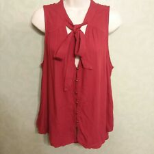 Daytrip Buckle Womens L  Red Button & Tie Front