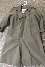 Classic London Fog Londontowne Limits, Green Raincoat Trench, 44L zip out lining