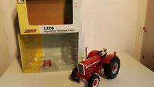 Ertl International 1206 Wheatland w/FWA 1/16 diecast farm tractor replica