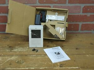 Panasonic KX-T7775 Doorphone  >>SEE COMMENTS<<