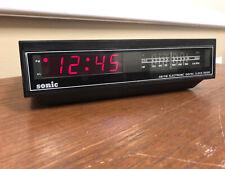 Vintage Sonic Am/Fm Alarm Clock Radio-Snooze Cr100B