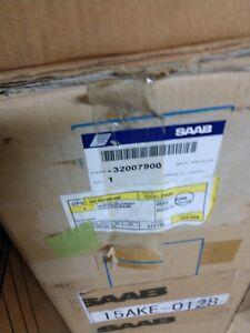 NEW OE Saab 9-2X Front Windshield 32007900