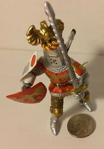 PAPO  Action Figure 39361 Medieval Red Crested Knight Sword & Shield