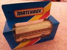 *Matchbox - 1-75 - MB67 Ikarus Coach - Cream & 2 Tone Brown