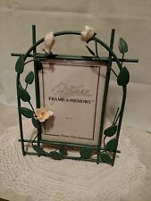 Dennis East Rose Leaf Pattern Metal Frame A 5x7 Memory Green Stand Alone Elegant