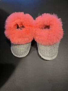 Baby Girl Knit Booties, 0-3 Months, Coral/gray, NWOT