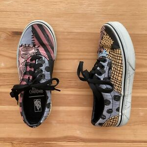 VANS Nightmare Before Christmas Sally Sneakers Shoes Size 1.5 Youth EUC