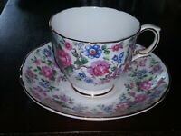 Royal Victoria Wild Flowers Scallopped Gold Trim Tea Cup & Saucer Fine Bone...