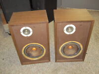 Vintage Pair KLH Thirty One 31 Speakers,  Consecutive Serial Numbers