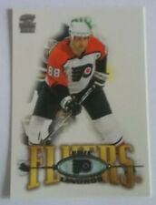 2000-01 PACIFIC PARAMOUNT #183 ERIC LINDROS
