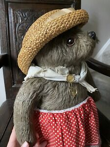 Vintage Gabrielle Design Aunt Lucy Bear Toy From Paddington. Great Condition 17'