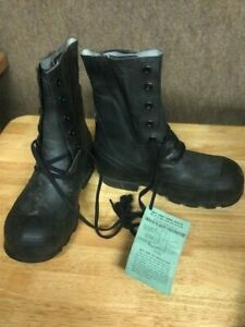 US Military Mickey Mouse Boots BLACK sz 8R (NO VALVE) Cold Weather