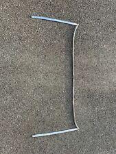 Mounts Rear of Door Glass 1968-71 Lincoln Mark III Quarter Vertical Front Seals