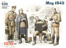 ICM 1/35 militaire soviétique au repos Mai 1945 # 35541