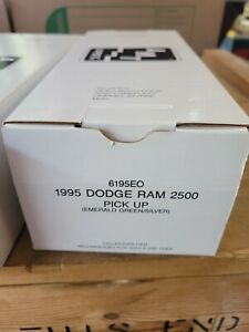 AMT/ERTL #6195EO,1995 DODGE RAM 2500 PICKUP TRUCK, EMERALD GREEN/SILVER, MIB