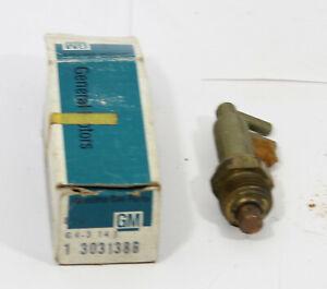 OE 1975 1976  Corvette Engine Coolant Temperature Switch  ~ 3031386
