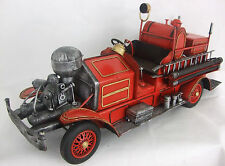 Tin Plate Model of a Fire Truck/Engine /Ornament /Gift/Red