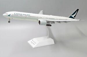 JC Wings 1:200 Cathay Pacific B777-300(ER) 'Flaps Down' B-KPP Diecast Model