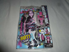 NEW MONSTER HIGH FIGURE DOLL PARTY HAIR DRACULAURA 30 HAIRPLAY ACCESSORIES NIB >
