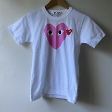 Play Comme Des Garcons XS Womens Tee Heart Graphic Patch T-Shirt White XS NWT
