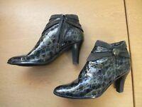 Ladies Boots Van Dal UK 5, EU 38 patent deep green lizard effect, side zip 3365