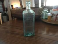 "Vintage ""HOOD'S Compound Extract SARSAPARILLA"" Medicine Bottle Embossed FREE SHI"