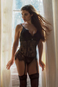 Perfect4U Black Lace Bustier Basque & Matching Lace Thong 12,14, 16, 18, 20