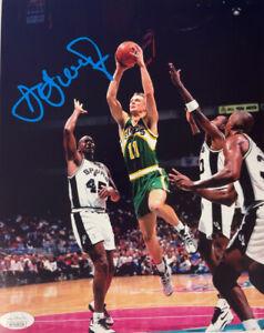 Detlef Schrempf signed Seattle SuperSonics 8x10 Photo- JSA Witnessed
