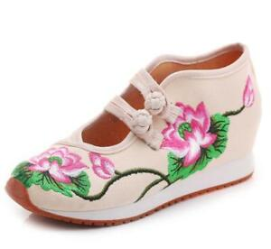 Chinese Retro Women's Embroidered Sneaker Shoes Rubber Tendon Bottom Sport Shoe