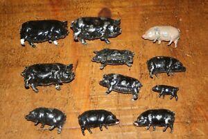 BRITAINS VINTAGE FARM 11 x METAL PIGS