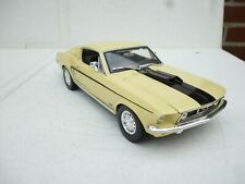 Ford Mustang I 2. Generation GT Cobra Jet Coupe Gelb 1968 1/18 Maisto  NO Box !