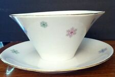 Wunsiedel Porcelain Bavaria GRAVY BOAT w ATTACHED UNDERPLATE Snowflakes 1 1/2c
